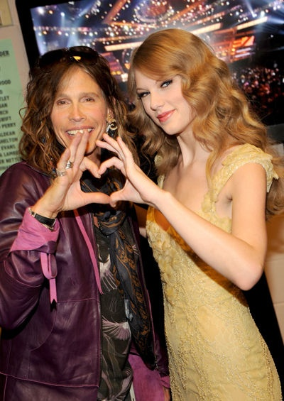 Taylor Swift and Steven Tyler<3
