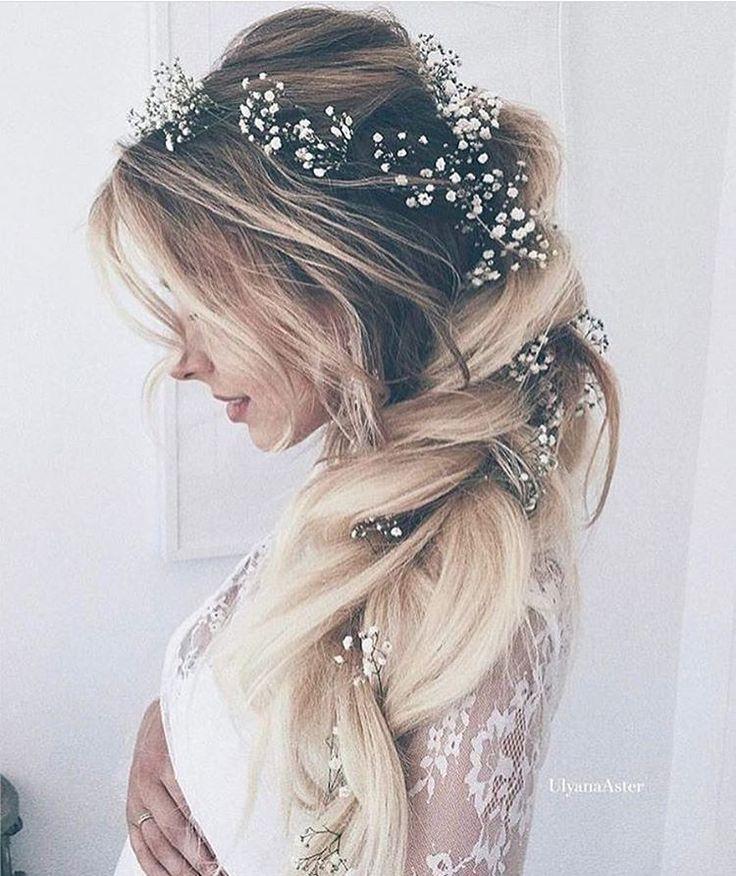 "273 likerklikk, 5 kommentarer – The Wedding Harvest (@theweddingharvest) på Instagram: ""Just look at that hair! By @ulyana.aster . . . #bridestyle #bridehairstyle #weddinghair…"""