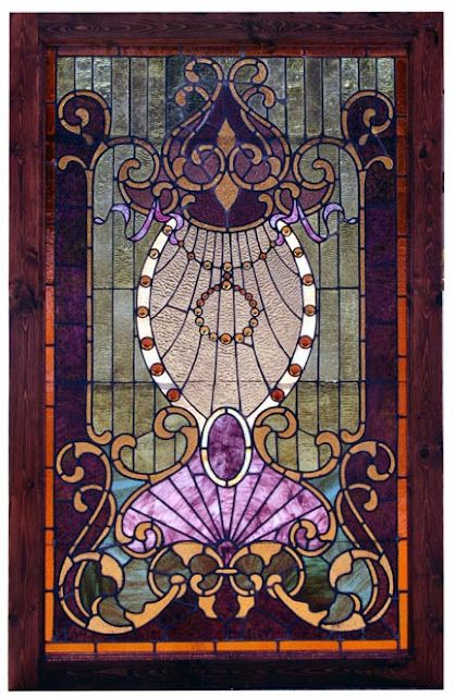 I would love to have a door or window with this stained glass in it.