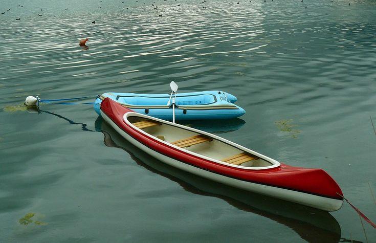 Αυτός που έχει το ένα πόδι στο κανό και το άλλο στη βάρκα, θα πέσει στο ποτάμι. Το ακατόρθωτο είναι πιο εφικτό αν το πιστεύεις, παρά το κατορθωτό αν δεν το πιστεύεις.