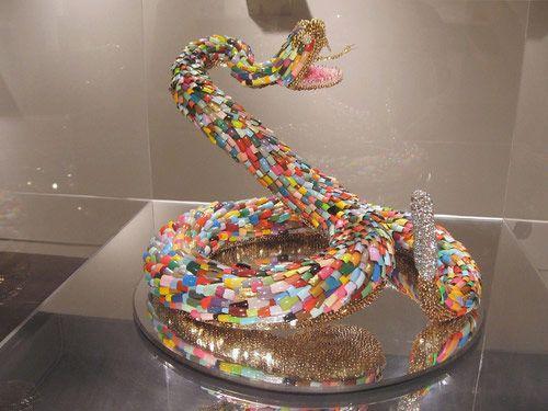 sculpture nails snake