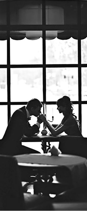 Handkiss, couple at a date, black and white, romance, candle light, classy