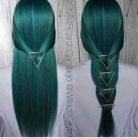 Not the color but the clips are on point