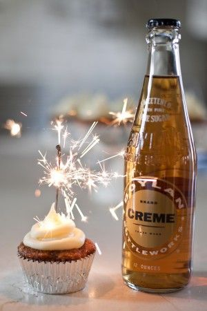 sparklers in a cupcake {sugar & charm via sweetest occasion}