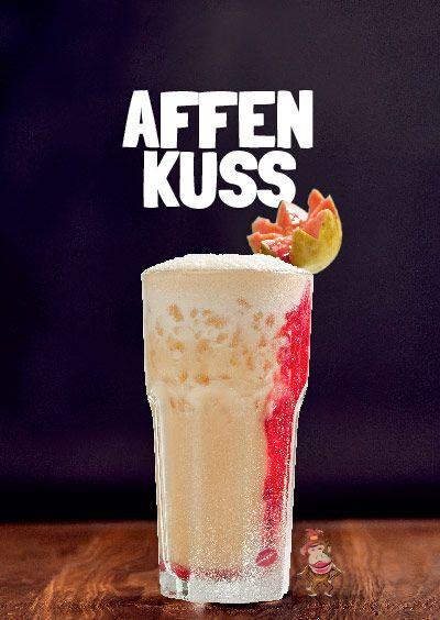 Affengeil Cocktail: #Affen Kuss   Affengeil Cocktail #Baloo #affengeil #affengeil-elixier #affengeil-rumlikör #rumlikör #affengeil-cocktail #grimm spirit #münchen #sausalitos #premium rumlikör #cocktail   So hat dein erster Kuss geschmeckt, so wird er immer schmecken: sündig süß, aber frisch, unendlich zart, aber gierig – und ein bisschen nach Drama. Wie der erste Biss in eine fremde, exotische Frucht.  Wir haben die Rezeptur, mit der du dir diesen Geschmack zurückholen kannst. Erinnere dich…