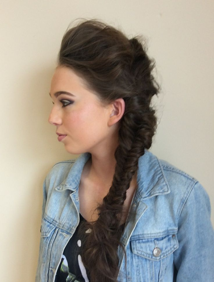 Messy bump with fishtail plait
