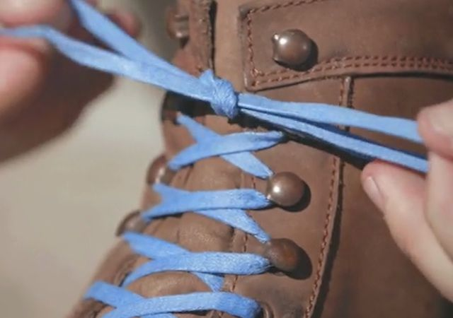 How To Make $150,000 With A Pair Of Blue Shoelaces
