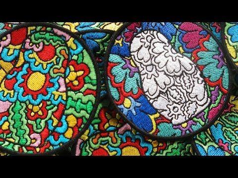Машинная вышивка нашивок для LEVI'S® по эскизам Max Goshko-Dankov. А вы хотите вышить нашивку по вашему эскизу? Обращайтесь!  http://www.promvishivka.ru/  Рады вышить для вас!  +7 (495) 722-95-05  info@promvishivka.ru