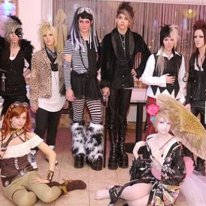 FANTASTIC PARTY THEMES FOR TEENAGERS