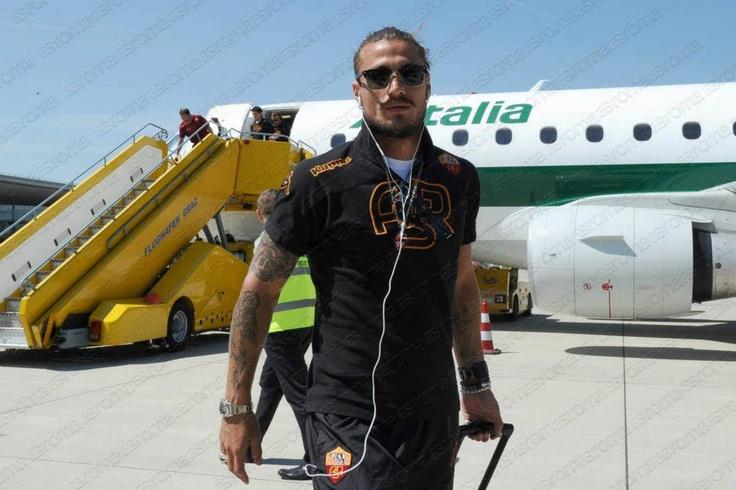 Pablo Daniel Osvaldo 2/8/2012: in viaggio verso l'Austria | en route to Austria