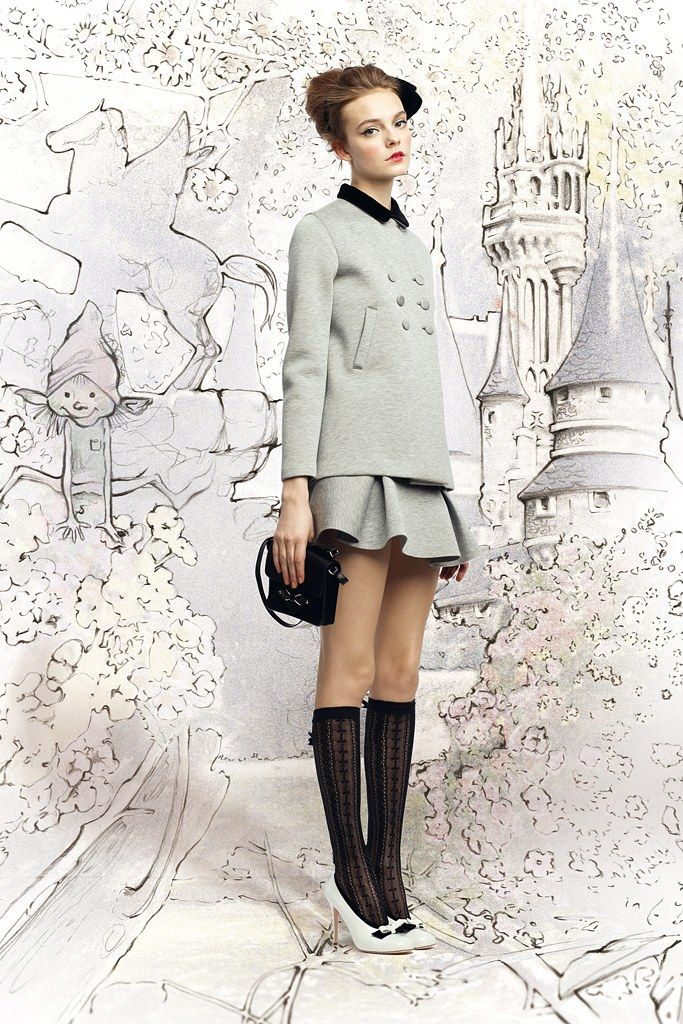 Red Valentino Fall 2012 Ready-to-Wear Fashion Show