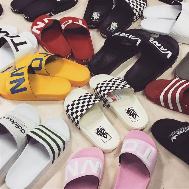 adidas #adilette #vans #jumbo #ville | Chaussure sport enfant ...