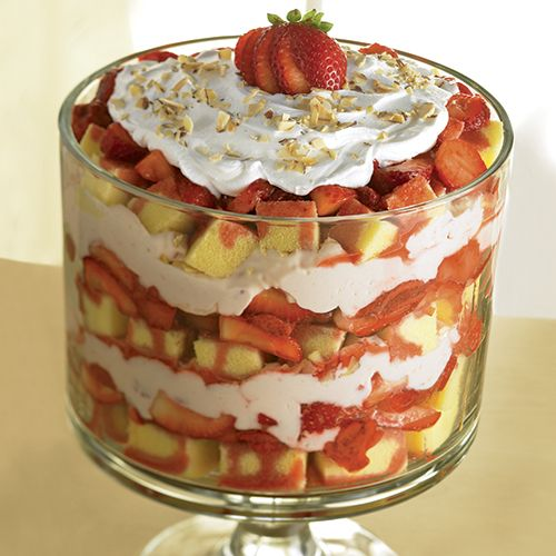 Strawberry Cream Trifle - The Pampered Chef® I love my trifle bowl - you can get one at : www.pamperedchef.biz/kelleyvg