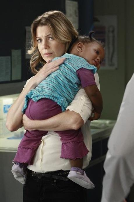 Meredith Hugs Zola on the Grey's Anatomy Season 8 Premiere on September 22, 2011