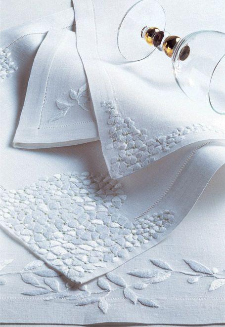 D.Porthault - Paris - Luxury home-linen - Creations - Table