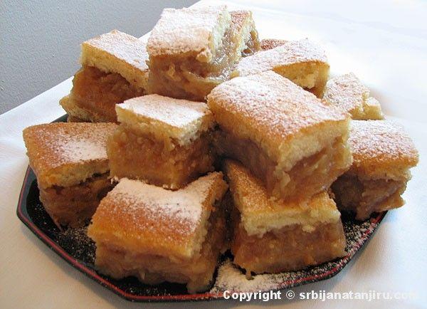 Polish Apple Cake With Meringue