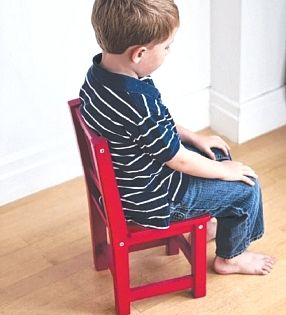 Child Disciplining Tips - Why Time Out in Naughty Corner is Wrong