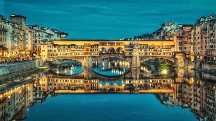 """¿Dónde se originó la tradición de poner un candado en los puentes como símbolo de amor?, muchas ciudades """"pugnan"""" por ese origen, y por supuesto Florencia también tiene su historia curiosa de este tipo..."""