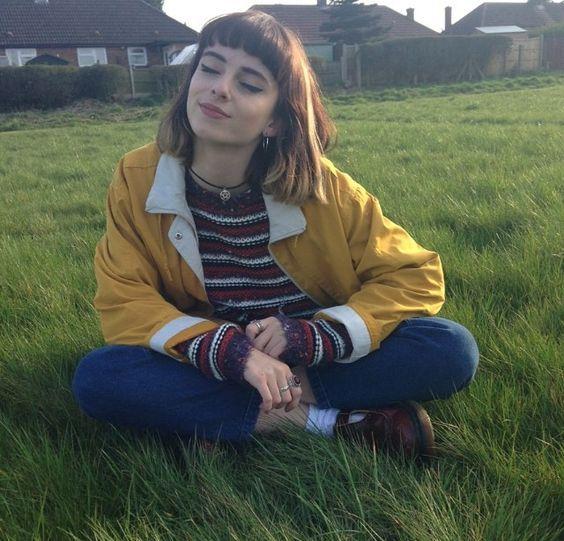 Her jacket gives me lyffffffeeee