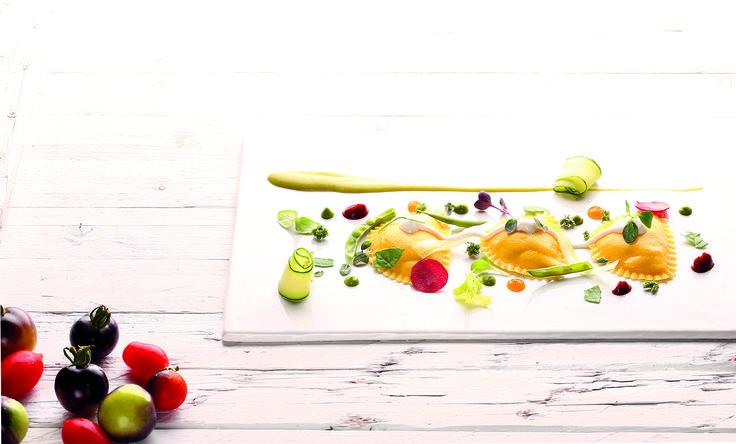 """""""Raviolotti al pecorino di Pienza e pinoli"""" dello chef Daniele D'Alberto del BR1 Cultural Space di Borgo Antico di Montesilvano Colle (PE)  #lamadia #lamadiatravelfood #food"""