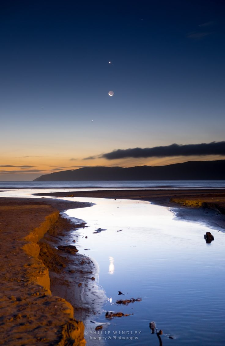 The Moon, Venus, Jupiter, Mercury taken at Paraparaumu Beach, New Zealand