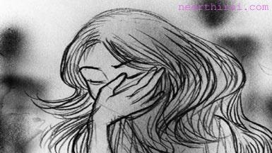 டெல்லியில் 13-வயது சிறுமி கடத்தி 8பேர் கொண்ட கும்பலால் கற்பழிப்பு : 3பேர் கைது  http://www.neerthirai.com/2013/04/13-8-3.html