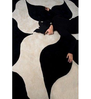 Carpets :UN PAPILLON CARPETS.  Usual Price: S$ 1,579.00    #Carpets #homedecor #singapore