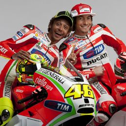 Rossi & Hayden. Class act. Hope they can turn Ducati's fortunes around this year in MotoGP.