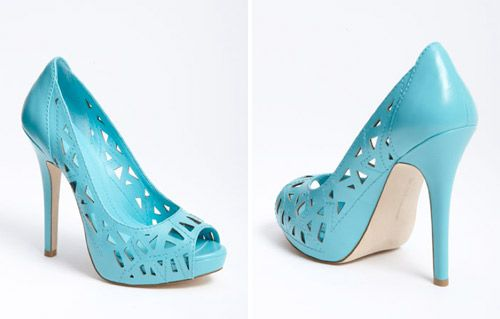 Google Image Result for http://www.weddingwindow.com/blog/wp-content/uploads/2012/07/TealShoes1.jpg