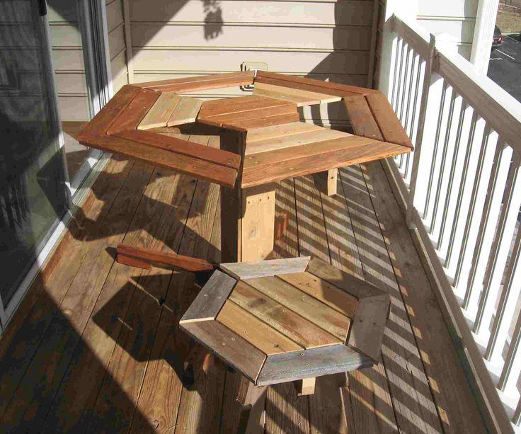 table et petite chaise en palettes en bois id es pour la. Black Bedroom Furniture Sets. Home Design Ideas