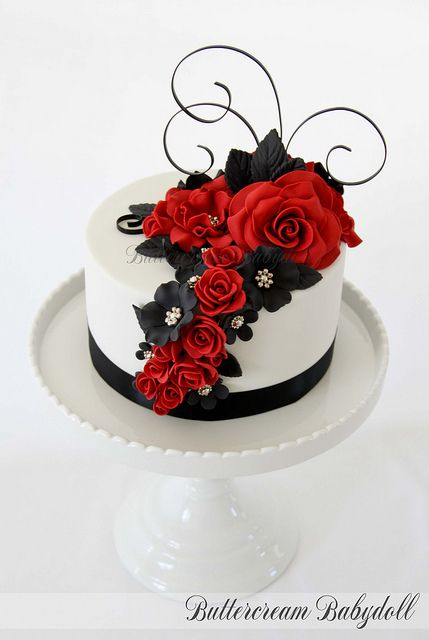 Red, Black & White Wedding Cake by Buttercream Babydoll, via Flickr