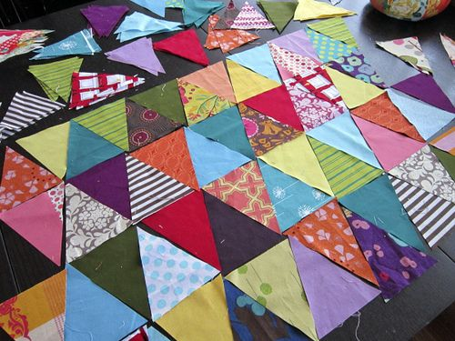 Scrap Attack {Triangles Quilt Tutorial} by Rachel@Stitched in ColorScraps Quilt, Scrap Attack, Triangle Quilts, Quilt Top, Scrappy Triangles, Triangles Quilt, Triangles Fun, Scrap Quilt, Quilt Tutorials