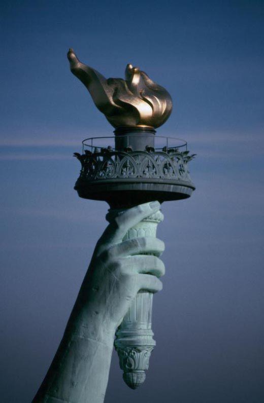 La adoración secreta de los Illuminati: La Estatua de la Libertad es la diosa Anunnaki Inanna - C.1040