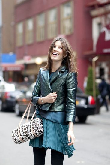 LOVE WITH THIS SEA FOAM METALLIC JACKET AND HOW SHE LAYERED THE ENTIRE OUTFIT. #RubyRibbon Fall Layering http://www.rubyribbonmixer.com