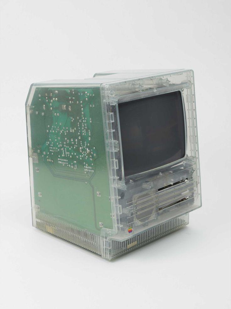 Translucent Macintosh SE Case APPLE COMPUTER, INC.