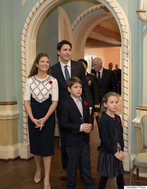 Sophie Grégoire-Trudeau Shoulder To Shoulder With Justin For Walk To Rideau Hall