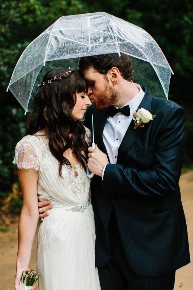 Warehouse wedding- Mirra Brisbane- Julian Beattie- Stylised- Brisbane- Pastel flowers- Blush- Lilac- White- blue- Vintage- Bride- Groom- Moment