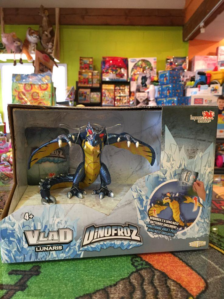 DinoFroz Nouveautés, Vlad  15 cm Dinosaures Lunaris, 4+ans. 29.99$. Disponible dans la boutique St-Sauveur (Détaillant des Laurentides) Boîte à Surprises, ou en ligne sur www.laboiteasurprises.ca ... sur notre catalogue de jouets en ligne, Livraison possible dans tout le Québec($) 450-240-0007 info@laboiteasurprisesdenicolas.ca