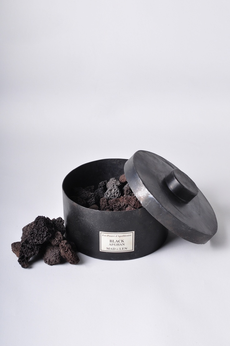 Black Afghan potpourri from the french Mad et Len