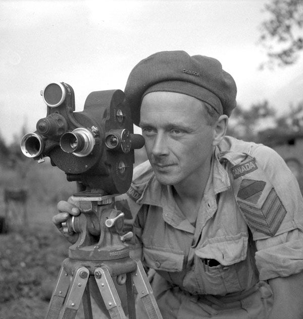 Sergeant George A. Game of the Canadian Army Film and Photo Unit, Italy, 23 March 1944. Library and Archives Canada MIKAN 3199445