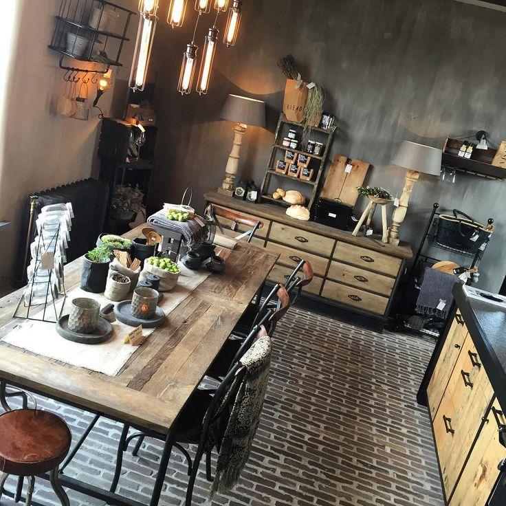 www.hoogehuys.be Keukens op maat! #alsjeietsspeciaalswil#stoerwonen…