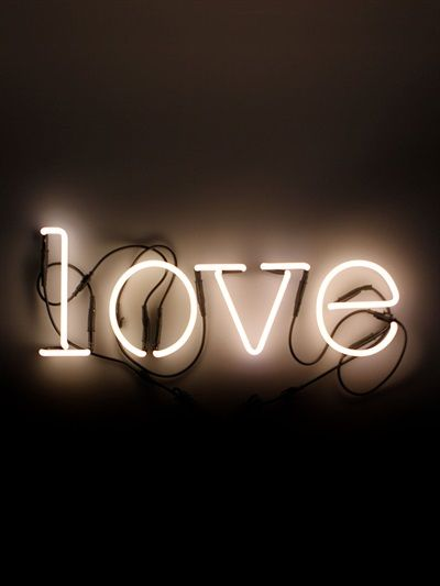 NEON ART - LOVE WALL LAMP