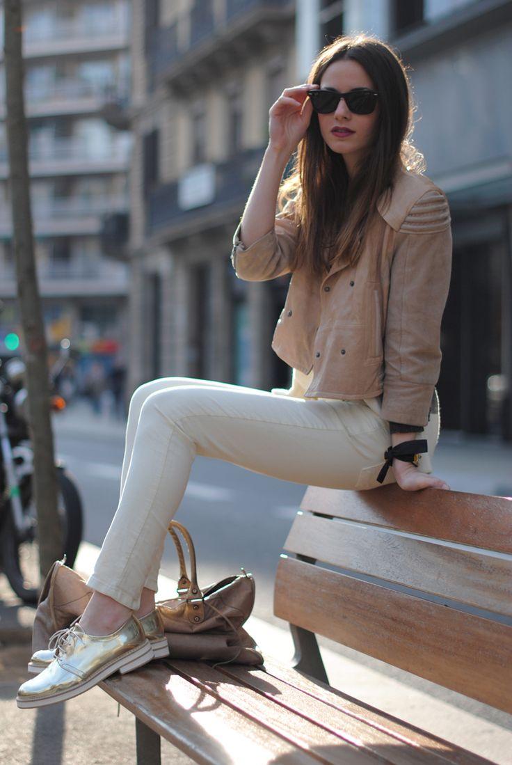 golden shoes.