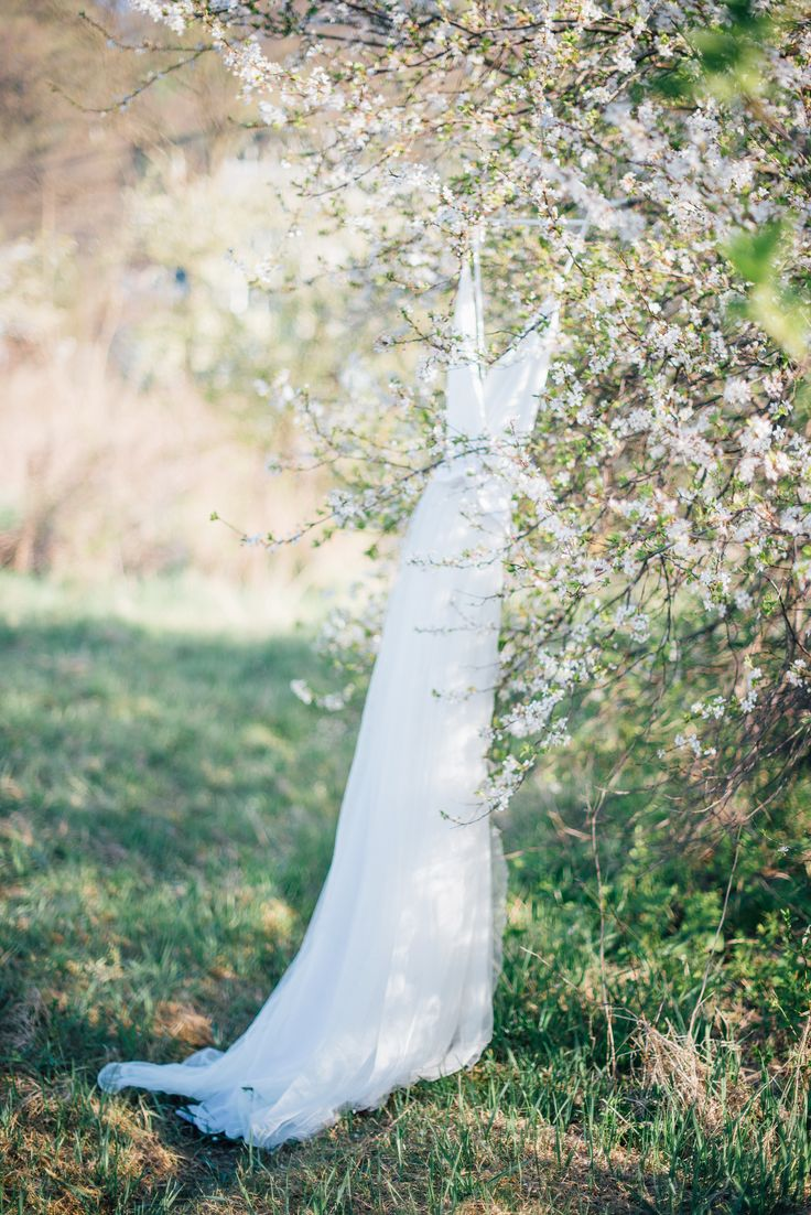 Wedding dress photographed by Joanna Zawislan | Elite Wedding www.elitewedding.pl