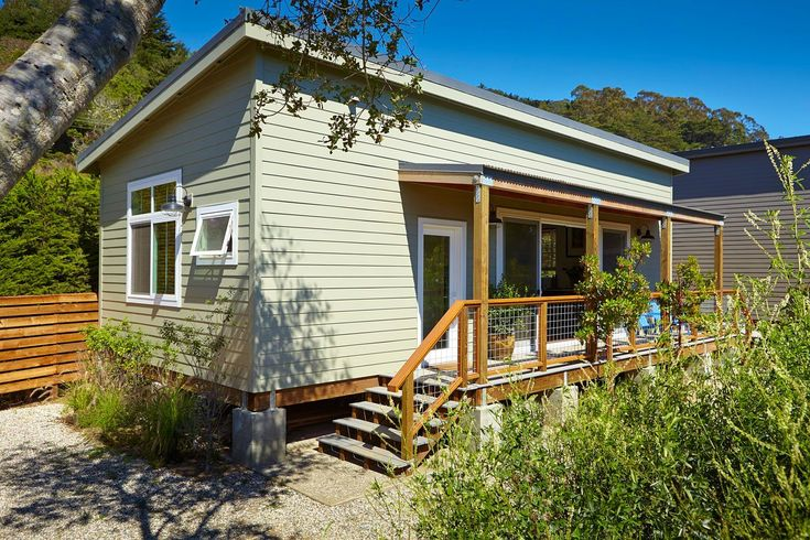 18 best small footprint images on pinterest future house for Beach house construction cost