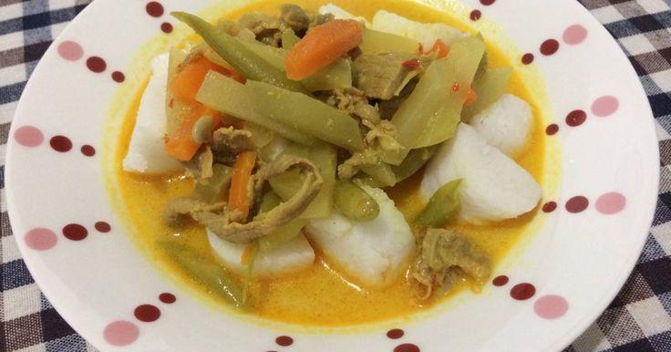 Resep Ketupat sayur tetelan favorit.