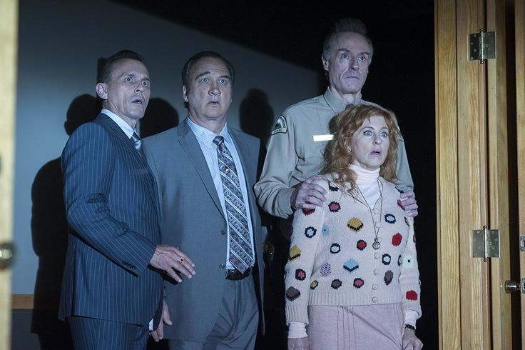 Jim Belushi, Harry Goaz, Robert Knepper, and Kimmy Robertson in Twin Peaks (2017)