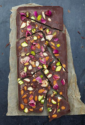 Rose & Pistachio Raw Chocolate – Honestly Healthy Food