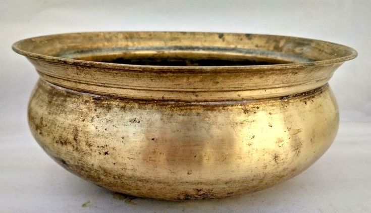 Old Antique India Brass/Bronze Hand Crafted  Fresh Flower Keeping Table Pot #Handmade
