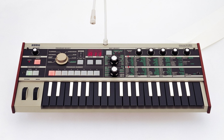 Micro Korg: Cómo Usar, Gears Geek, Random Music, Microkorg Revere, Music Stuff, Ehow En, Korg Microkorg, In Spanish, Music Equipment